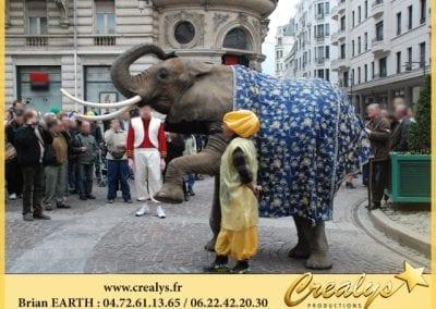 Parade éléphant ville